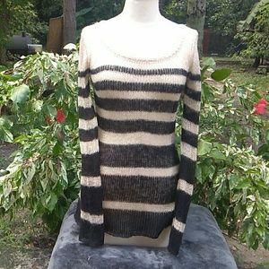 Billabong Pull Over Sweater